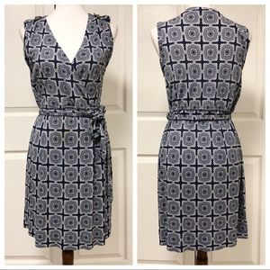 BANANA REPUBLIC SLEEVELESS FAUX WRAP NAVY DRESS